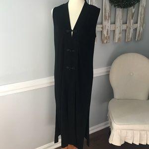 Chico's Travelers Black Sleeveless Cardigan Vest